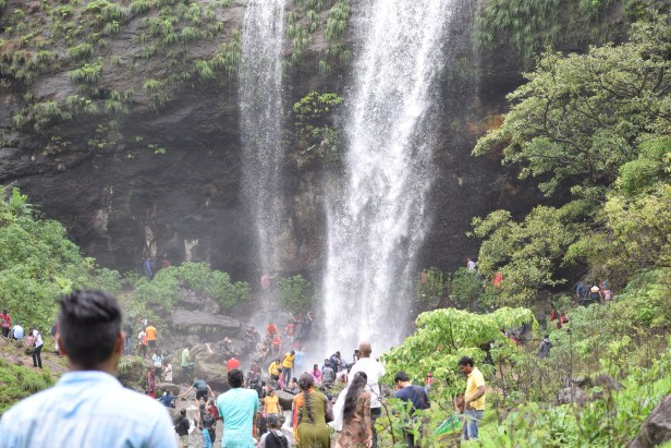 Jagtap waterfall khandi photos Khandi Waterfall Pune best places to visit in Mansoon.