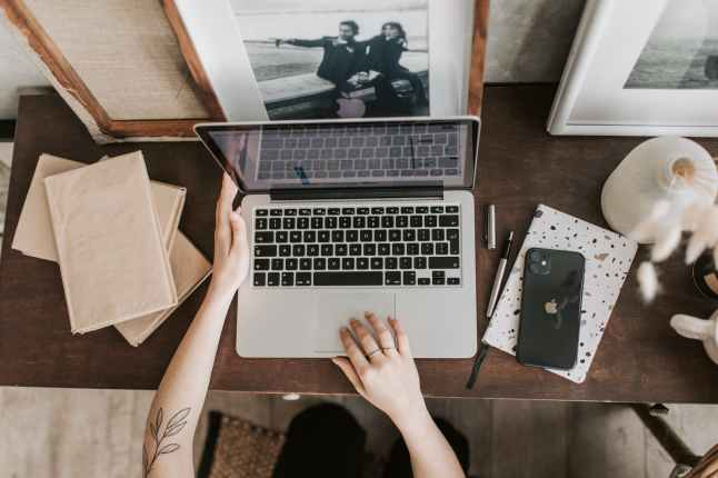 How to make money as a blogger?