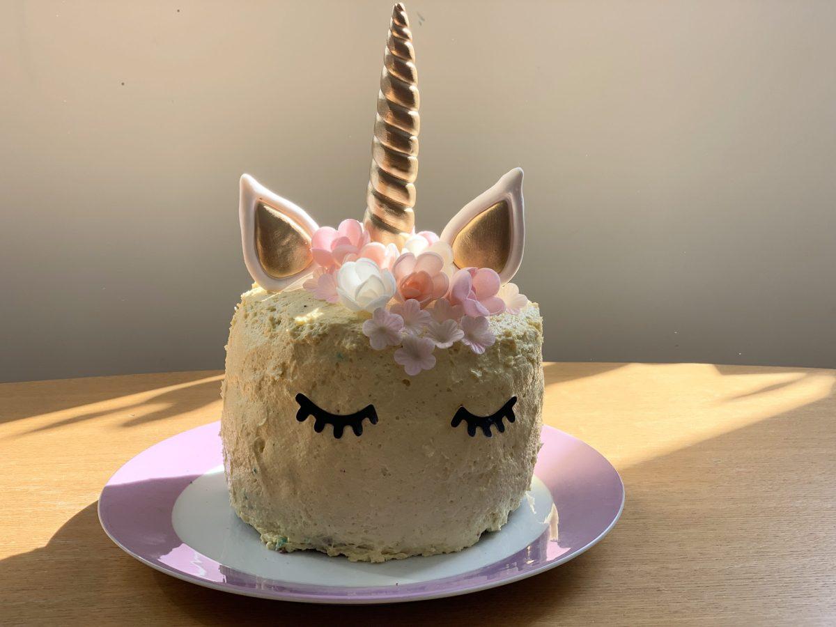 Einhorn-Rainbow Torte zum Geburtstag & rosa Prinzessinnen-Traum
