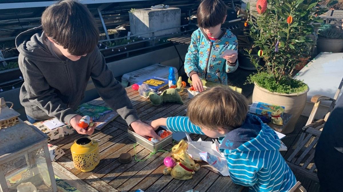 Osterwochenende in Bildern – Impfreaktion, Brot mit Zucker, Wald & Osterhase 2.-5. April