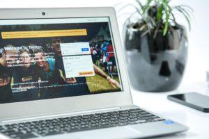 Cara membuat halaman login dan register di blog wordpress self hosted 5