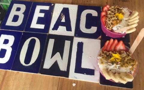 Beach Bowls pitaya bowls