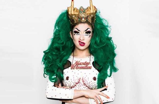 "<img src=""LoloBrow.jpg"" alt=""Lolo Brow Burlesque Drag Queen"">"