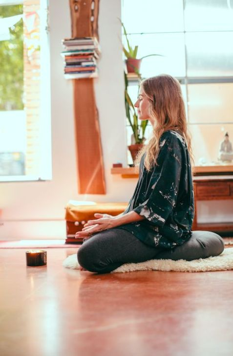 6 Mindfulness Apps That Will Ease Your Worried Mind