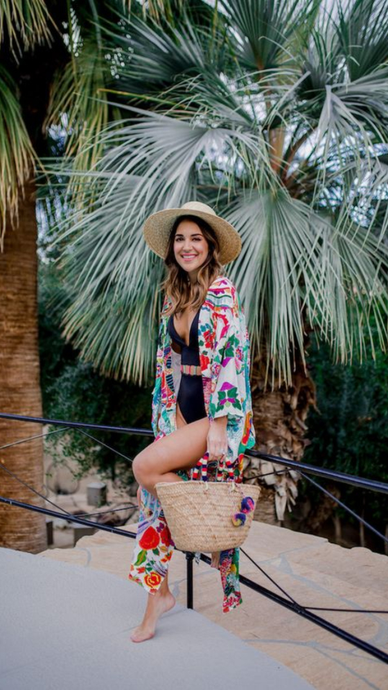 10 Pool Day Outfits To Pack For Your Holiday
