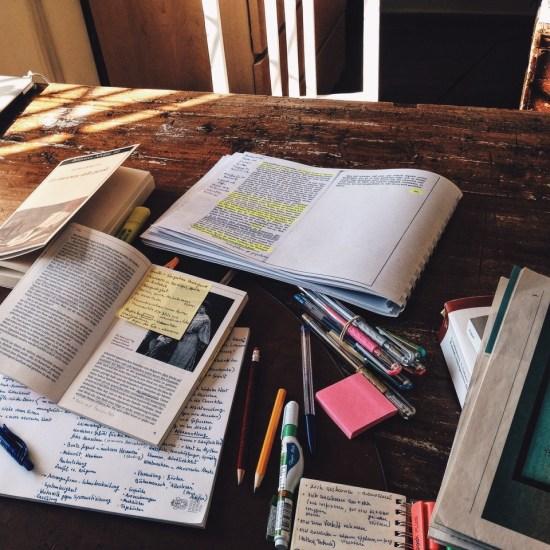 12 Secretly Productive Tasks For When You're Procrastinating