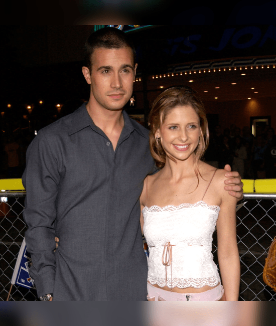 10 Movie And TV Couples Who Are Dating Or Married In Real Life