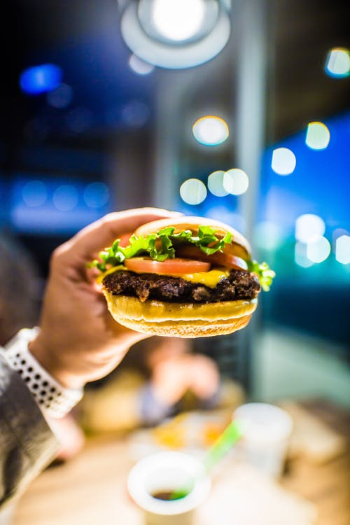10 Reasons Why People Choose To Eat Fast Food