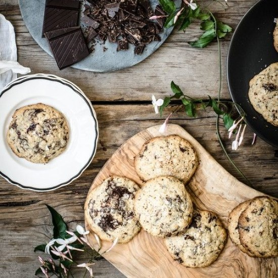 8 Quick And Easy 3 Ingredient Cookies Recipes