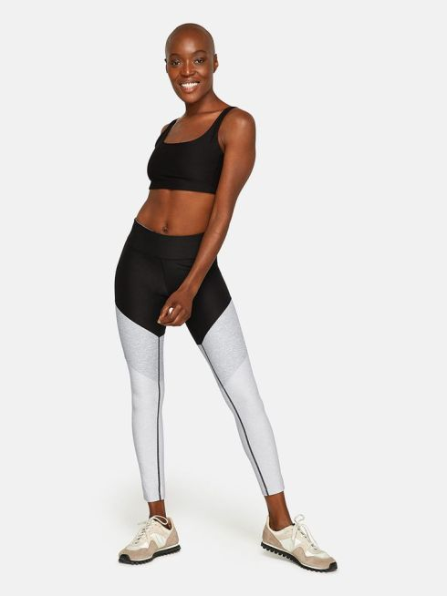 15 Stylish Athleisure Outfits That You Can Wear In Public