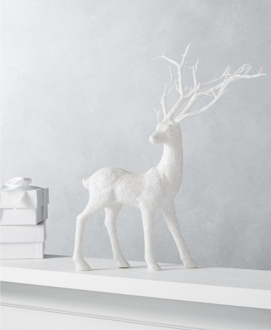 Deck The Halls With These 30 Charming Christmas Decorations