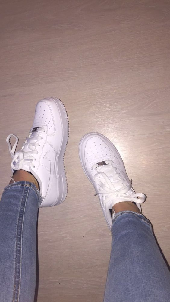Basic Sneakers That Will Match With Any