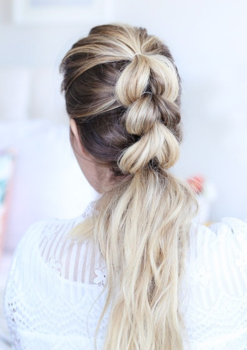 10 Easy Hairstyles When You're In A Rush