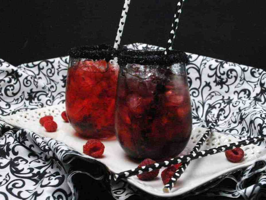 The queen of hearts cocktail.