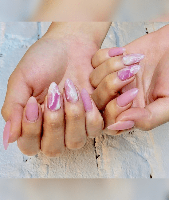 23 Acrylic Nail Designs To Copy Right Now