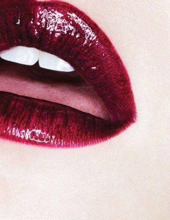 Best Lipsticks To Make Your Teeth Look Whiter