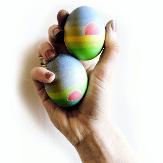 10 Eggciting Easter Egg Dye Jobs