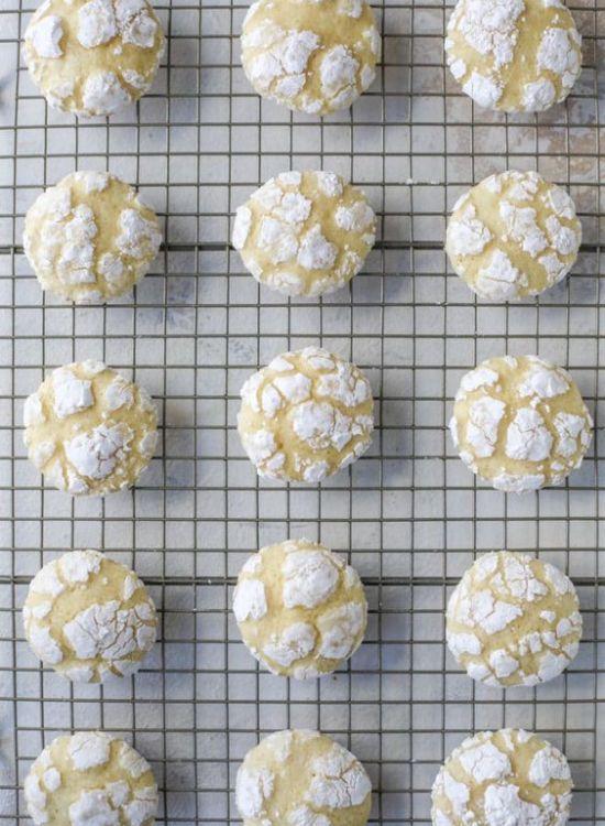 https://houseofnasheats.com/raspberry-chocolate-chunk-cookies/