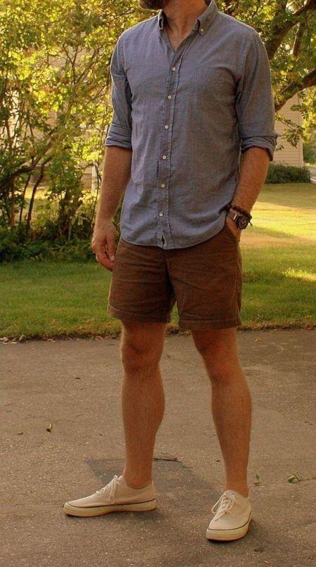Man Wearing Bugatchi Button-Up Shirt