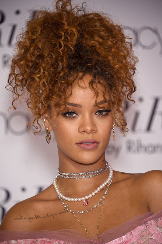 If you're on the lookout for new hairstyles for curly hair, then look no further. Embrace your natural hair by trying out these quick and chic hairstyles!