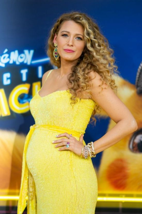 10 Outfits Blake Lively Wore That We Obsessed Over