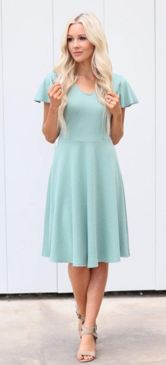 10 Perfect Easter Dresses To Wear Right Now