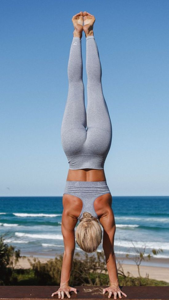 10 Shoulder Workouts That Will Have You Rocking That Summer Beach Bod