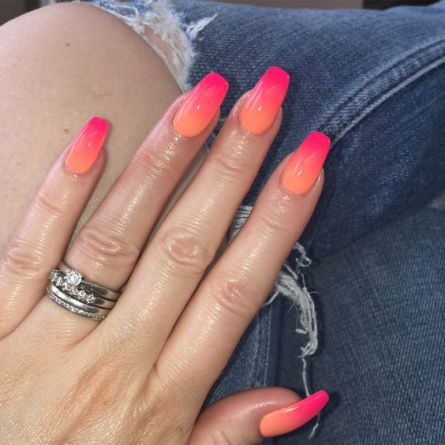 10 Vibrant Nail Polish Colours To Get You Out Of Your Comfort Zone