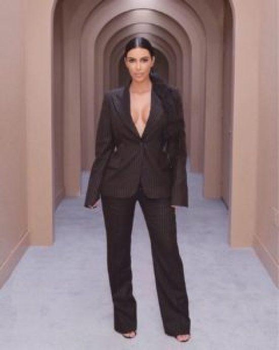 5 Times Kim Kardashian Gave Us Ultimate Hair Envy The Slick Pony Tail
