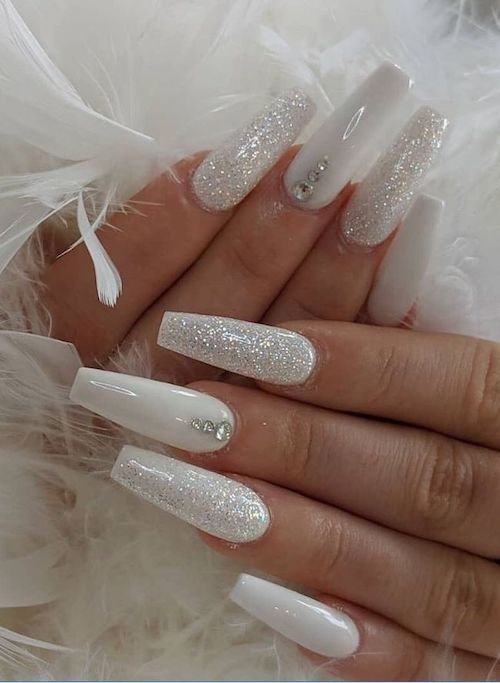 22 Acrylic Nails To Try ASAP
