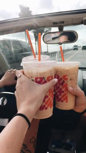 10 Drinks To Order At Dunkin Donuts
