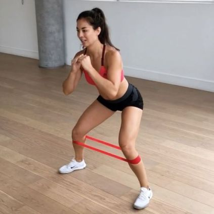 7 Great Workouts To Do At Home If You Only Have A Band