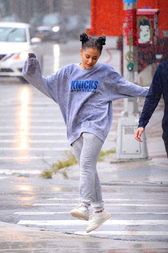 10 Reasons Why Ariana Grande Is A Style Icon