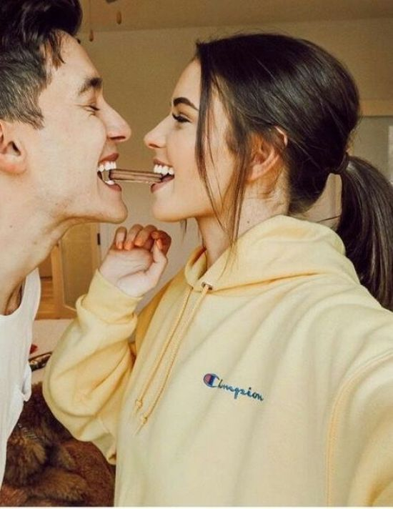 6 Subtle Ways To Let Your Boyfriend Know You Want To Move In With Him