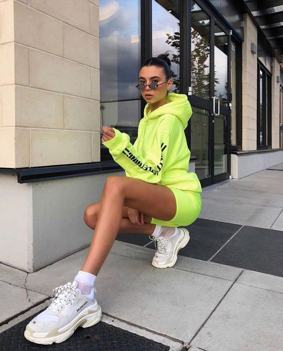 How To Ease Yourself Into The Neon Green Trend