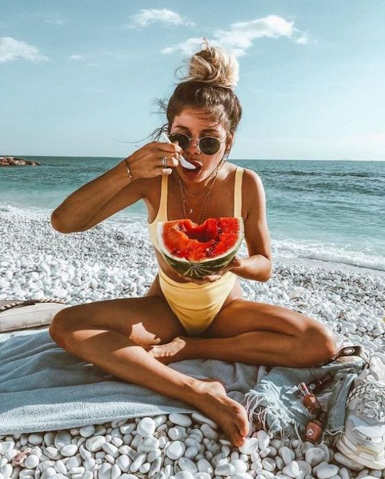 10 Essential Things To Pack For Your Beach Day