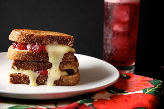 8 Great Recipes To Make The Perfect Grilled Cheese
