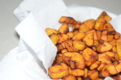 Nigerian Food will have questioning the meals you have been eating all your life. A selected taste of many amazing foods you will find in different parts of Africa.