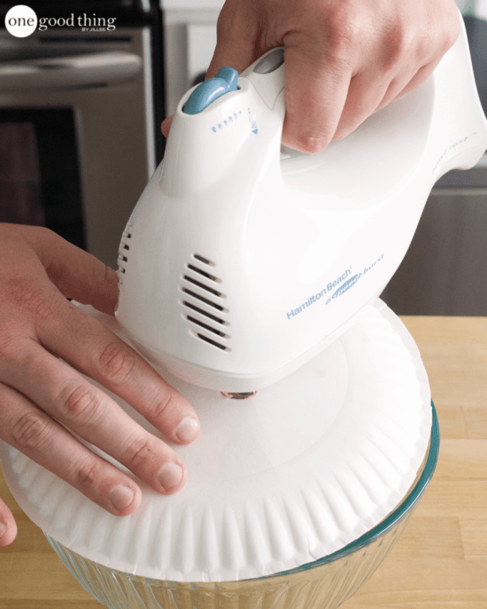 8 Baking Hacks To Keep Your Kitchen Clean