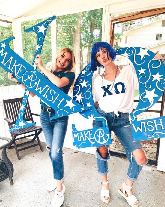 Rushing a sorority can be intimidating and stressful, so here are a couple of things you can expect from rush this fall. So put your mind at ease, everything will work out the way it's supposed to!