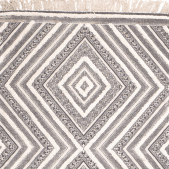 *10 Cute Rugs Perfect For Your Dorm Room This Fall