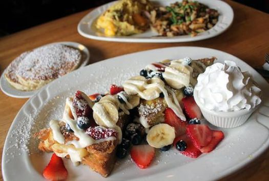 Top 6 Best French Toast Places In Milwaukee