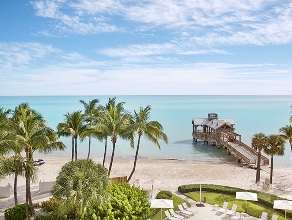 25 Stunning Beach Wedding Venues In The USA to Tie The Knot