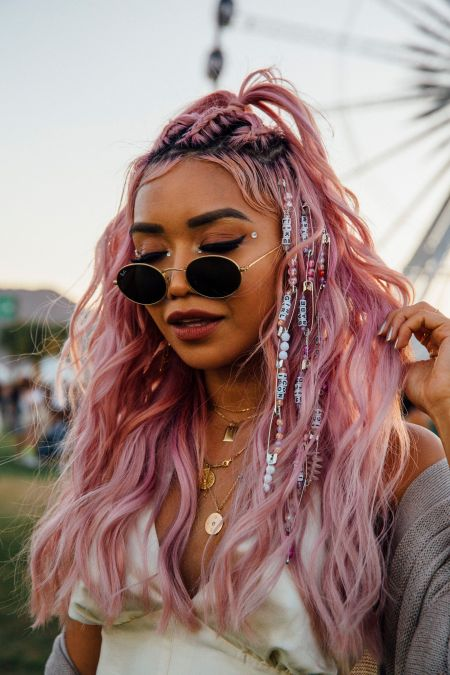 15 Trendy Coachella Looks To Rock At This Year's Festival
