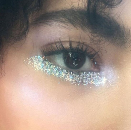 15 New Ways To Rock Glittery Makeup Any Day Of The Week