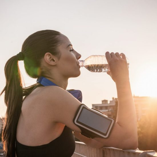 How To Properly Manage Your Mental and Physical Health This Summer