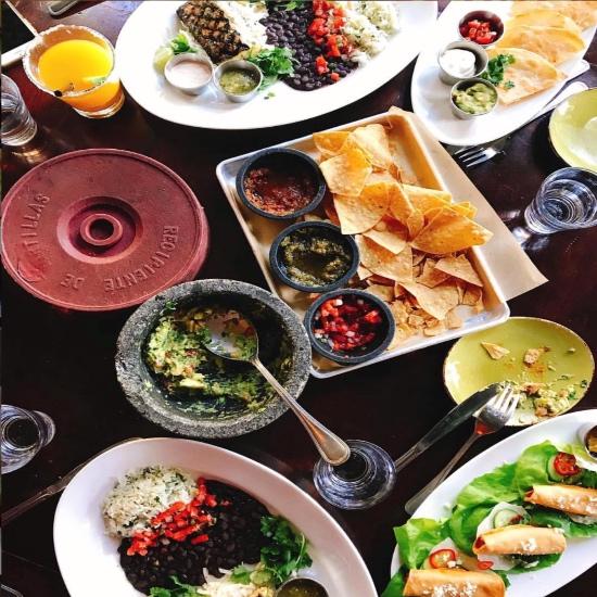 10 Amazing Food Places In Las Vegas