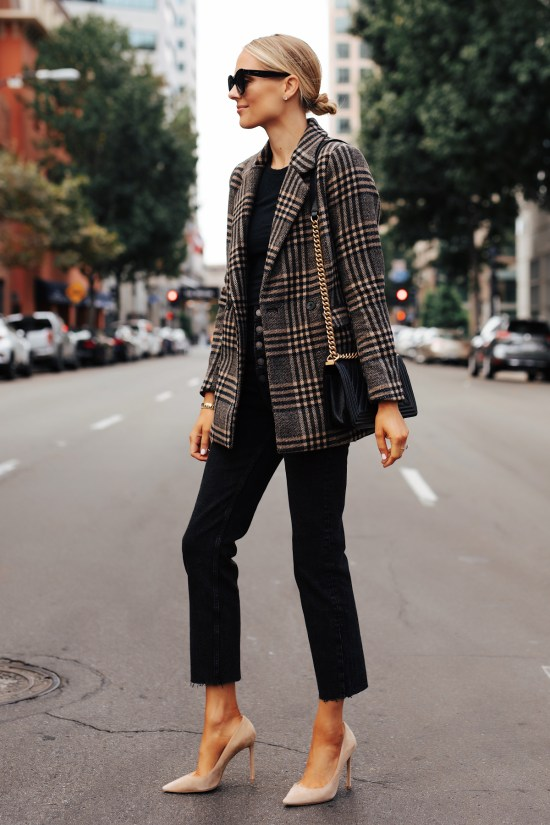 *5 Work Appropriate Outfits That Are Stylish