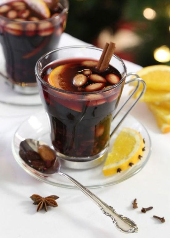 7 Jolly Christmas Drinks To Try This Season