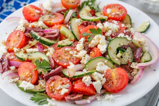 Easy Salads To Help You Eat Healthy